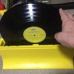 レコードを洗う
